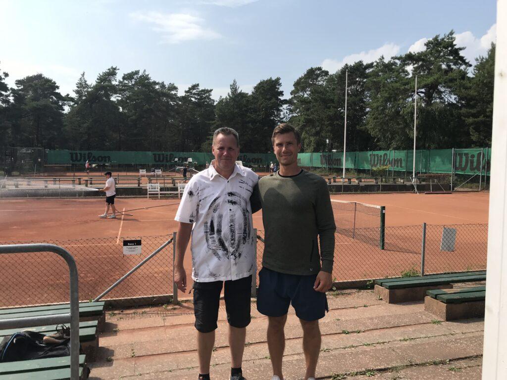 Höllvikens Tennisklubb med Mikael Svensson vänster och Kalle Averfalk till höger.